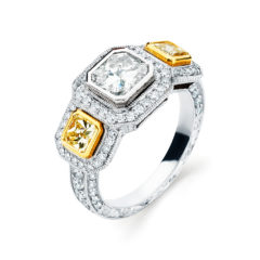Garvani Three Stone Engagement Ring Style #33554